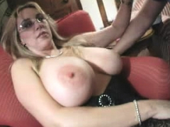 mature-blonde-amateur-hardcore-fisting-fetish