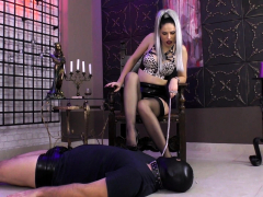 watch-femdom-stockings-fetish-mistress-fuck-bdsm-loser