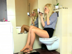 Foot Cleaning Femdom
