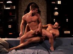 muscle-gay-men