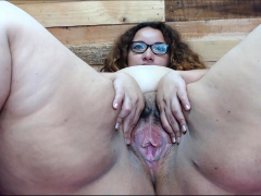 big-gaping-booty-slut-takes-a-fat-tool