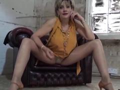 unfaithful-english-mature-gill-ellis-reveals-her-larg14ukj