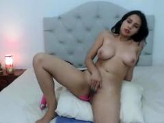 latin-big-beautiful-woman-masturbates-on-webcam-once-more