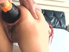 xxxl-anal-champagne-bottle-fucked-latina
