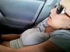 masturbating-in-parked-car