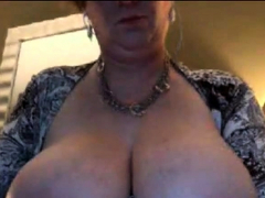married-older-woman-with-great-tits