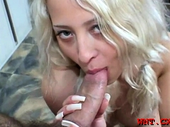 Vigorous Blonde Maiden Adores Playing With Her Clit