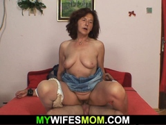 My girlfriends mom sucks and rides cock