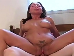 Younger Guys Are Jus Delicious – MILF