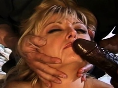 having-a-swinger-wife-is-great-and-very-arousing-session