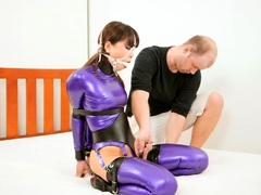 extreme-fetish-latex-play