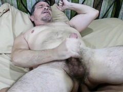 mature-daddy-rimmed-and-banged-by-asian-twink