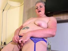 europemature-british-mature-solo-masturbation