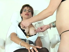 Unfaithful english mature lady sonia pops out her ove92Qjl