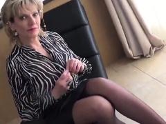 unfaithful-english-mature-lady-sonia-flashes-her-larg27onb