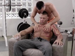 Hunk Colby Tucker drills Tristan Brazer ass with his cock