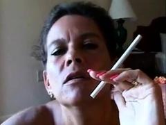 sexy sexy mature cougar smoking bj-pov