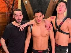 latino twink Santiago RODRIGUEz fucked bareback