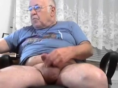 grandpa-with-big-balls