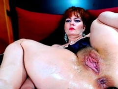 solo-pussy-toying-redhead-sexy-close-up-masturbation-action