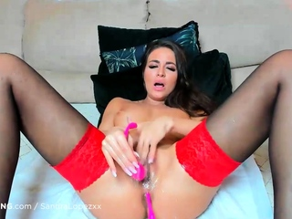 Hot slut in stockings fucks her sweet pussy and squirting
