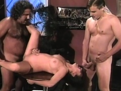 Hardcore vintage threesome