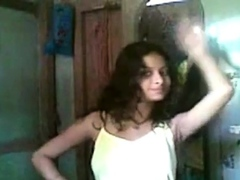 indian-desi-girl-nude-show