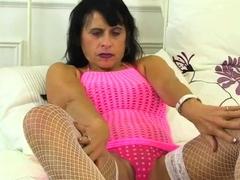 chubby mature wife toy masturbation