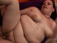 We have this plumper babe Melony on this feat as she gets
