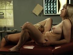 Lesbian inmate pussylicks dyke doctor