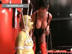 kinky-carmen-enjoys-having-fun-in-latex-part4